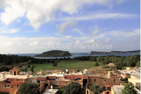 Apartment close to the beach in Cala Conta