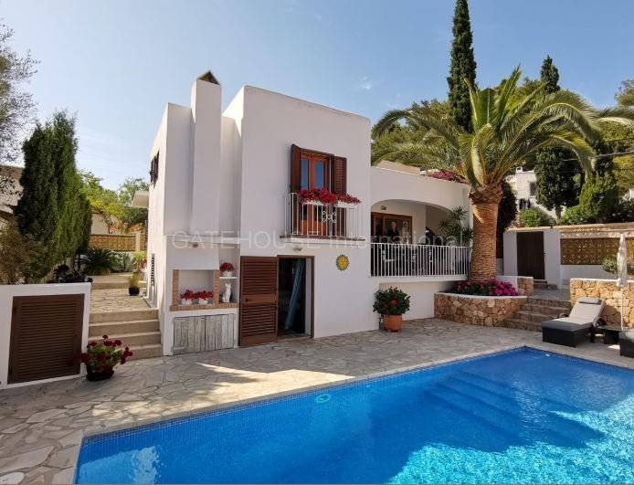 Detached house for sale in Cala Llonga