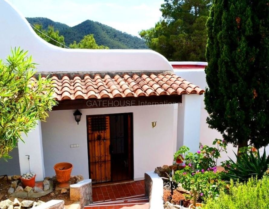 Villa with Tourist License in Cala Llonga
