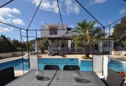 Detached home for sale in San Agustin with guest accommodation_11