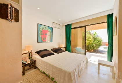 San Jose villa with fantastic sea views_16