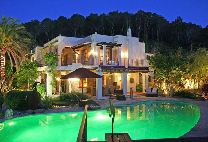 Luxury villa with 180 degree views over sea and Morna Valley_2