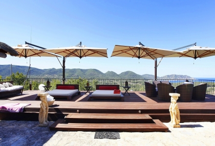 Luxury villa with 180 degree views over sea and Morna Valley_8