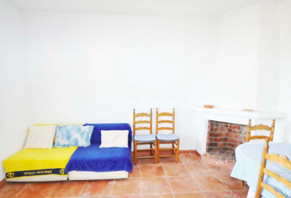traditional finca with renovation potential.jpg_8