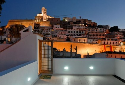 Restored town house in centre of Old Ibiza town 3
