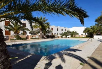 Townhouse for sale in Cala Tarida first line to the sea_4
