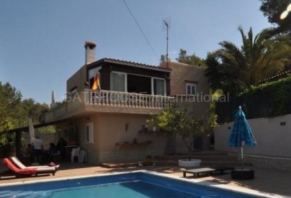 Detached villa for sale in San Jose_1