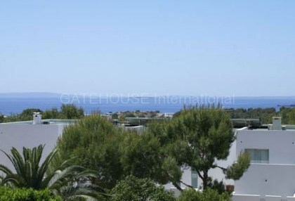 House with sea views for sale in Talamanca_2