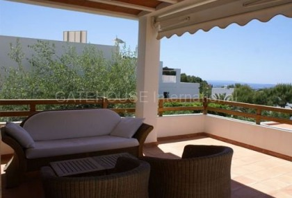 House with sea views for sale in Talamanca_3
