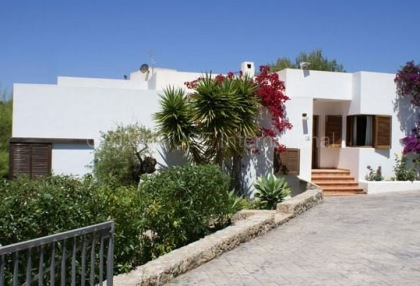House with sea views for sale in Talamanca_4