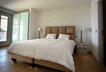 Beautiful sea view apartment for sale with views to the Old Town Ibiza 7