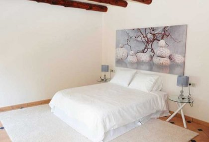 4 bedroom family house for sale San Agustin Ibiza in quiet location 11