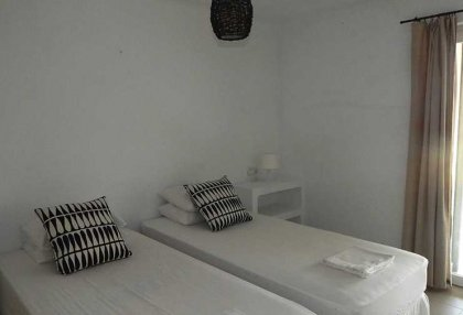 Renovated detached house with guest apartment and sea and sunset views_10