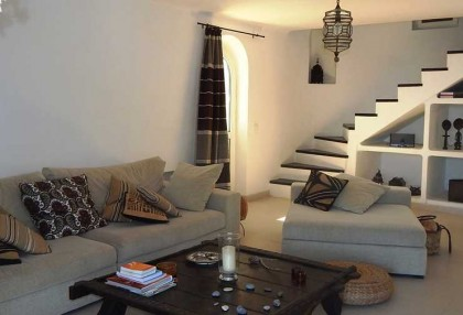 Renovated detached house with guest apartment and sea and sunset views_4