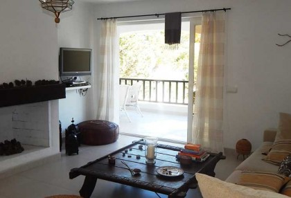 Renovated detached house with guest apartment and sea and sunset views_5