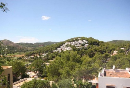 2 bedroom apartment for sale Ibiza, Cala Llonga near santa Eularia and the beach 3