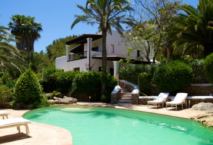 direct-ibiza-holiday-villa-rentals-4-bedrooms-sleeps-10-2