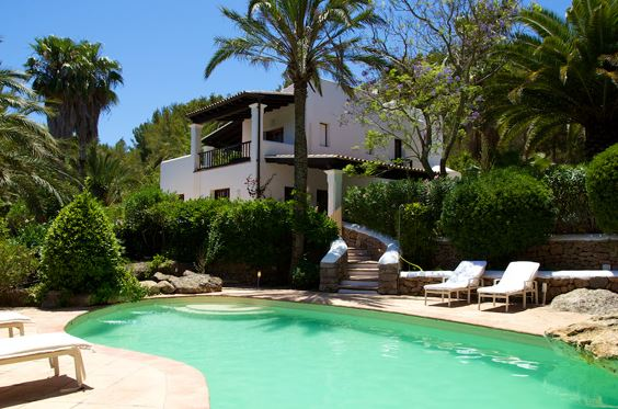 Ibiza holiday villa for rent with pool sleeps 8 10 for Ibiza country villas