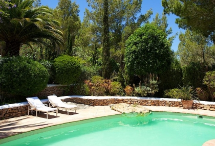 Direct Ibiza holiday villa rentals 4 bedrooms, sleeps 10 19