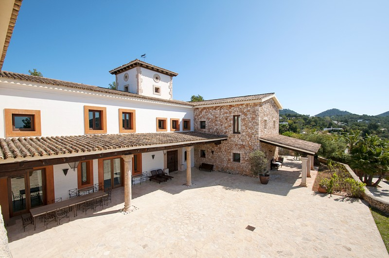 Exclusive large ibiza villa for rent with 7 bedrooms and - Ibiza house renting ...