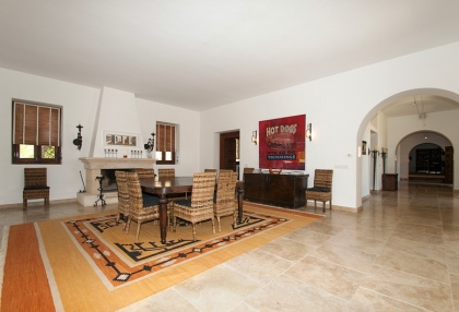 Luxury private Ibiza villa for rent in Can Furnet with sea views (2)