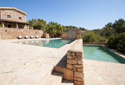 Luxury private Ibiza villa for rent in Can Furnet with sea views (4)