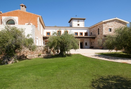 Luxury private Ibiza villa for rent in Can Furnet with sea views (5)