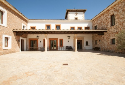 Luxury private Ibiza villa for rent in Can Furnet with sea views (7)