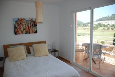 3-bedroom-town-house-for-sale-ibiza-bedroom