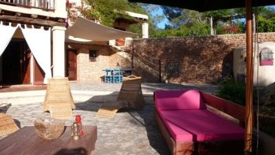 finca-for-sale-in-the-ibiza-countryside_4