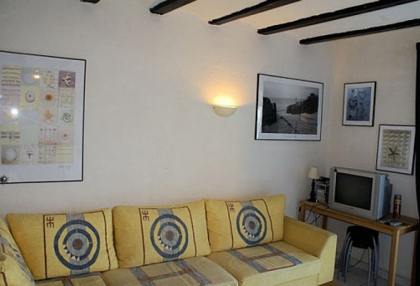 Ibiza town Dalt Vila studio apartment for sale with harbour views 5