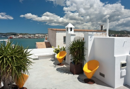 Pretty reformed townhouse for sale Ibiza Town with sea views looking over old town 4