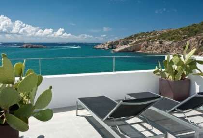 Pretty reformed townhouse for sale Ibiza Town with sea views looking over old town