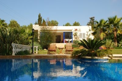 detached-villa-for-sale-in-secluded-location-in-ibiza_2