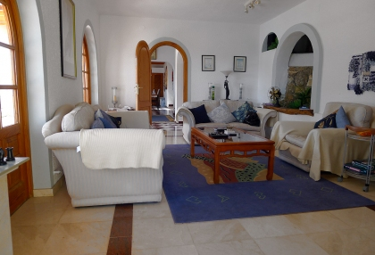 Detached-villa-separate-apartment-for-sale-Cala-Llonga-Ibiza-p1060608