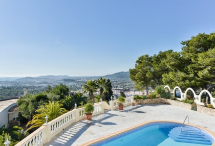 Classic sea view villa for sale Can Furnet Santa Eularia Ibiza 2