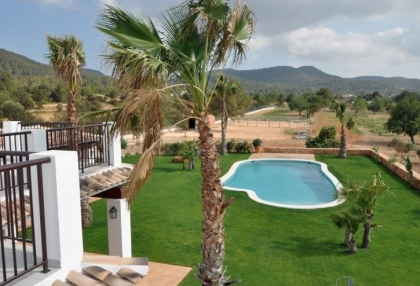 5 bedroom country villa with paddocks and stables San Agustin Ibiza 1