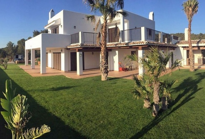 5 bedroom country villa with paddocks and stables San Agustin Ibiza 2