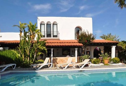 Ibiza business B & B villa for sale close to Ibiza town with 10 bedrooms 2