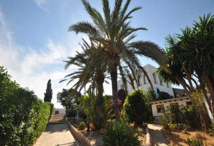 Ibiza business B & B villa for sale close to Ibiza town with 10 bedrooms 4