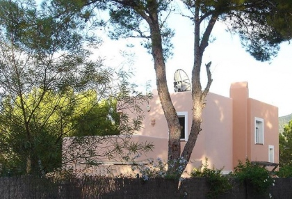 3 bedroom family villa for sale San Jose Ibiza overlooking beach & cloes to Cala Vadella 2