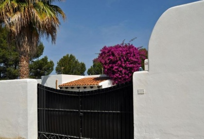 4 bedroom bargain villa for sale San Jose Ibiza close to beach 26