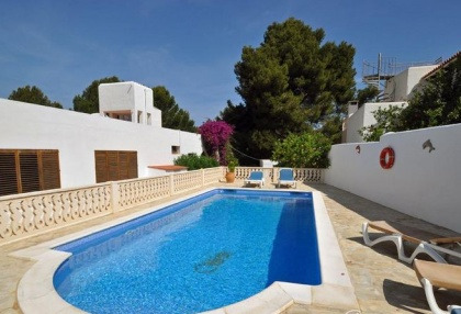 4 bedroom bargain villa for sale San Jose Ibiza close to beach 8