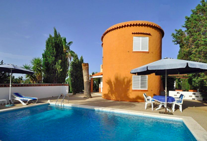villa in san agustin with large traditional tower.jpg_1