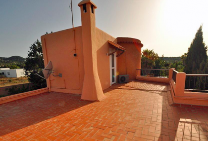 villa in san agustin with large traditional tower.jpg_9