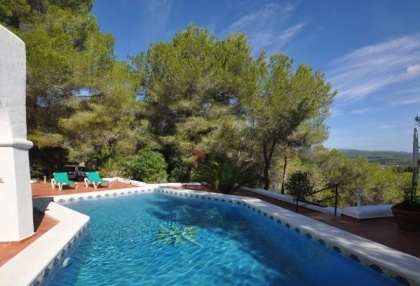 3 bedroom finca for sale Santa Eularia Ibiza with countryside views 3