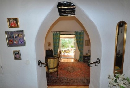 3 bedroom finca for sale Santa Eularia Ibiza with countryside views 8