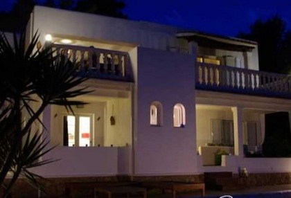 Traditional San Jose villa for sale Ibiza with sea & sunset views 4