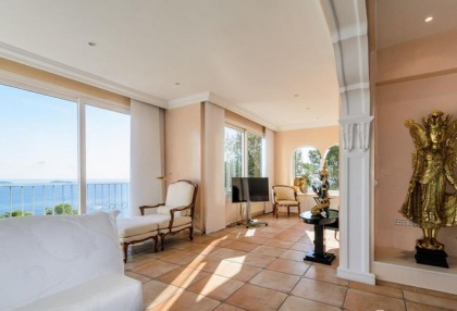 2 bedroom front line apartment for sale Santa Eularia Ibiza sea views 2