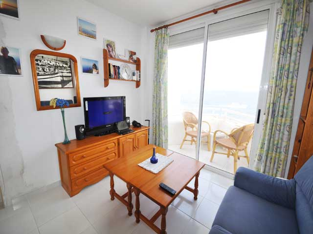 Great Investment Two Adjoining Apartments For Sale Close